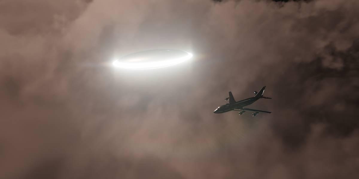 """VIDEO. Gigantesco """"ovni"""" aterroriza a los pasajeros de un avión"""