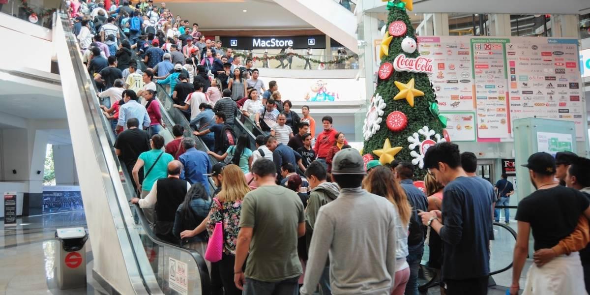 Más de la mitad de mexicanos hace 'compras de pánico' en Navidad