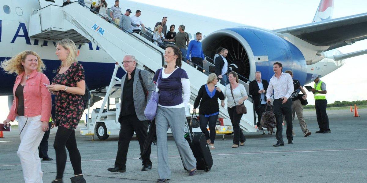 Primeros once meses registran que llegada de turistas creció 3.9 %