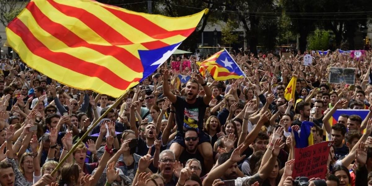Independentistas catalanes revalidan mayoría absoluta pese al éxito de Ciudadanos