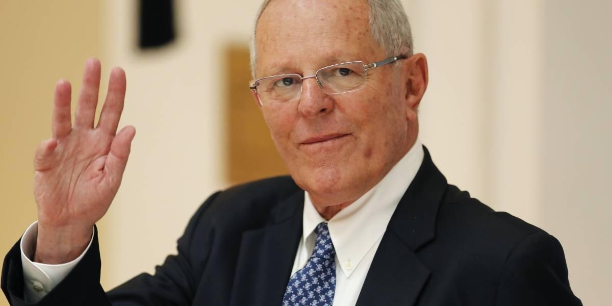 Presidente de Perú se juega el cargo por escándalo Odebrecht