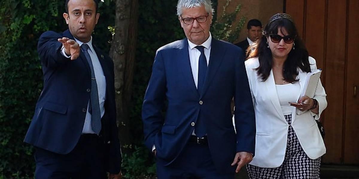 Eyzaguirre abordó reforma previsional con Piñera y dijo que se mantiene el 5%