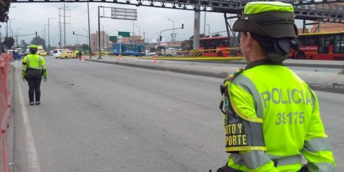 Capturan conductor de transporte ilegal por sobornar policías de Tránsito en Bogotá