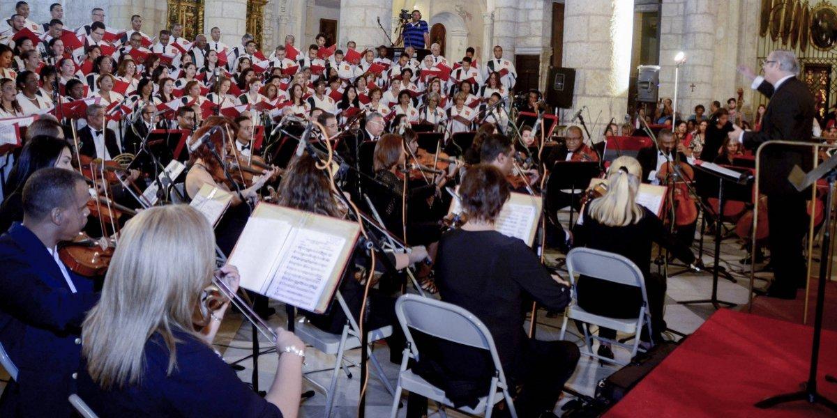 La música y el teatro nos unen en Navidad