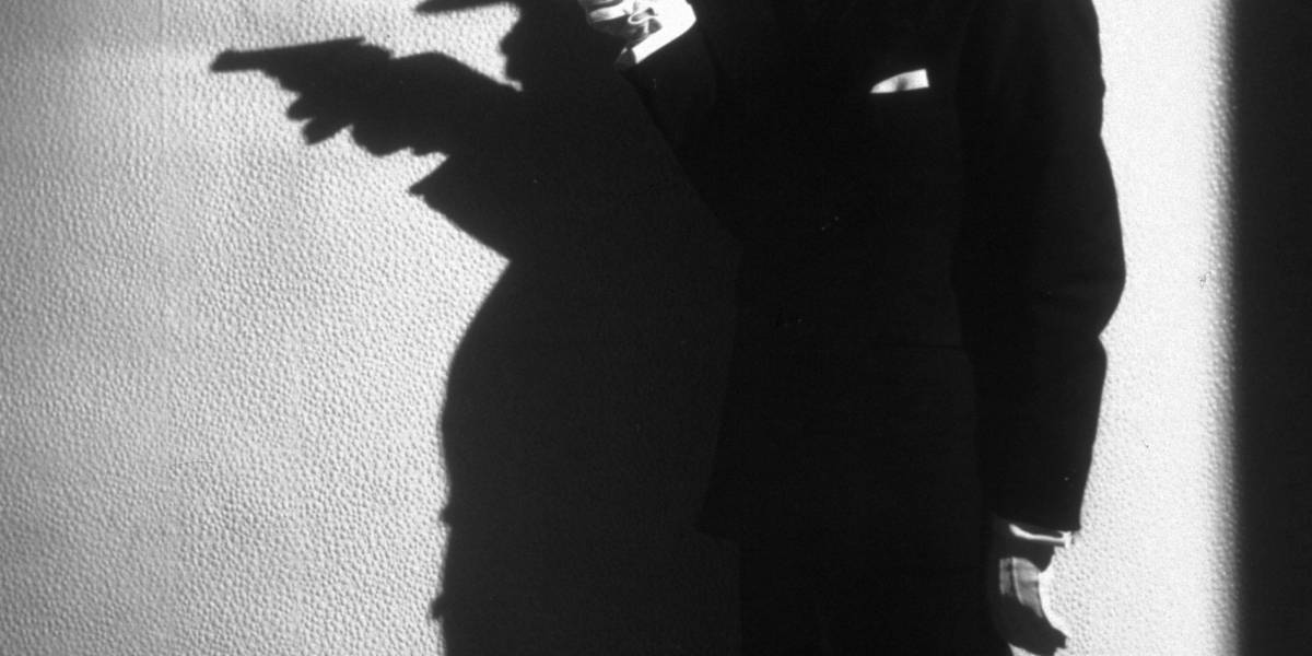 Un experto atracador relata cómo analiza a las personas antes de robarlas