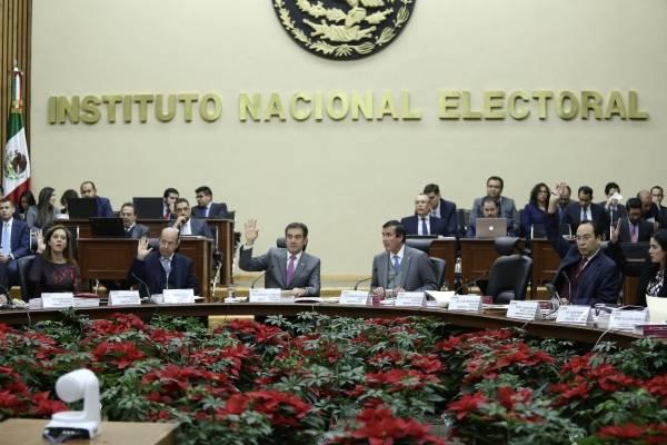 INE sancionará a precandidatos por retraso en comprobación de gastos