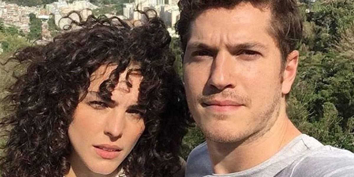 Caio Paduan e Julia Konrad terminam o namoro
