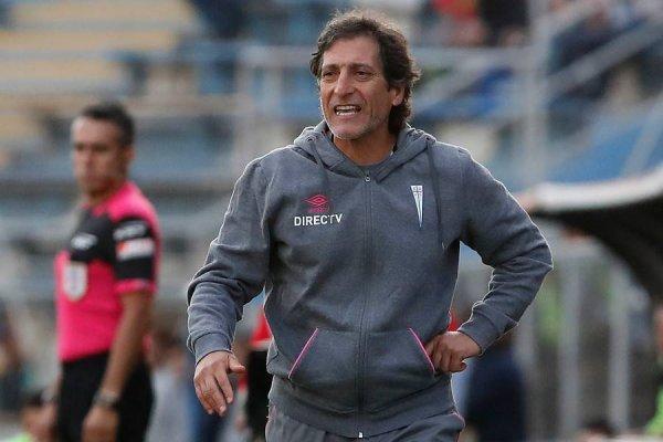 Sporting Cristal será el cuarto club en la carrera de Mario Salas como DT, después de sus ciclos en Barnechea, Huachipato y la UC. Además, dirigió a la Roja Sub 20 / Foto: Photosport