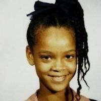 Rihanna cuando era más joven.