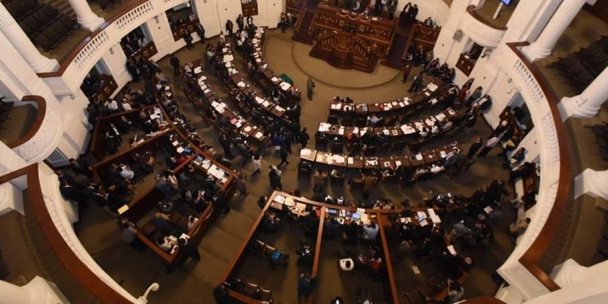 Van diputados locales por austeridad... pero sin bajar su sueldo