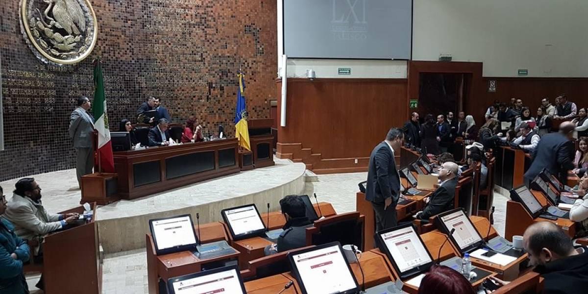 Amparo frena elección del fiscal anticorrupción