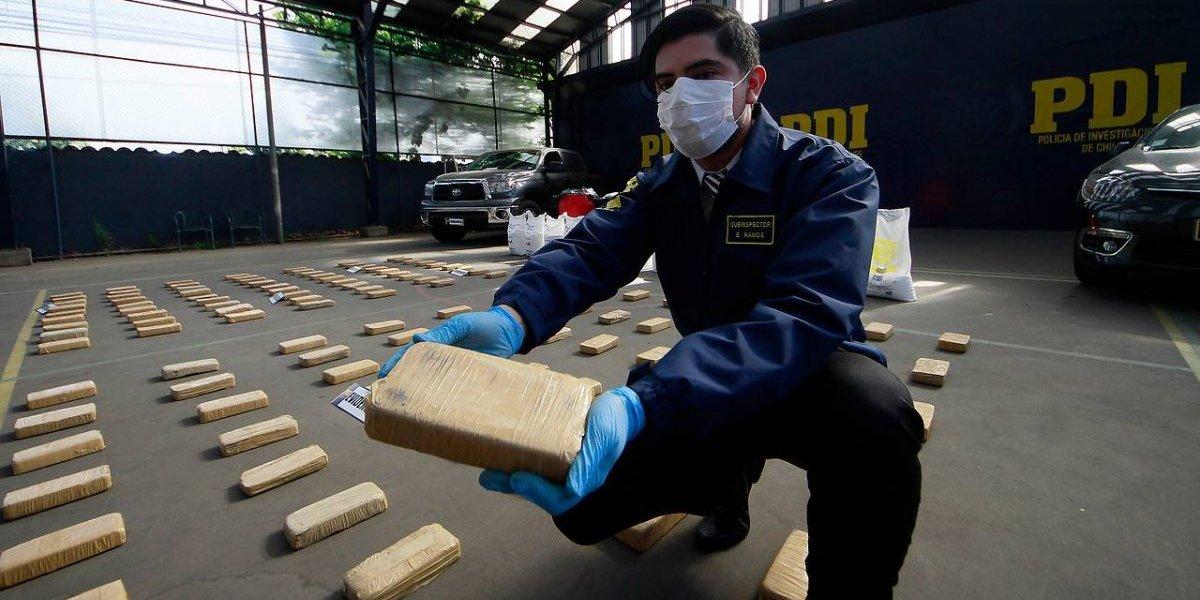 """PDI arruinó """"blanca Navidad"""" de narcos: incautaron cocaína y otras drogas avaluadas en $350 millones"""