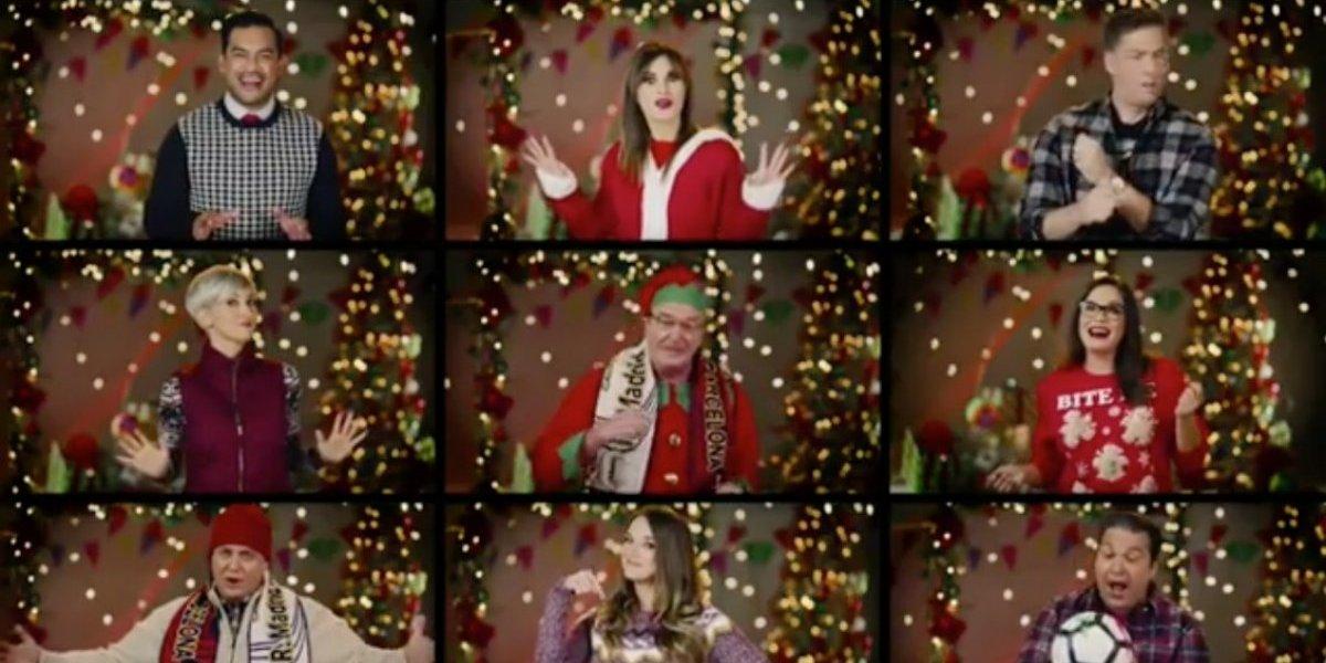 VIDEO. Carlos Ruiz canta en divertido musical por el Clásico español y la Navidad