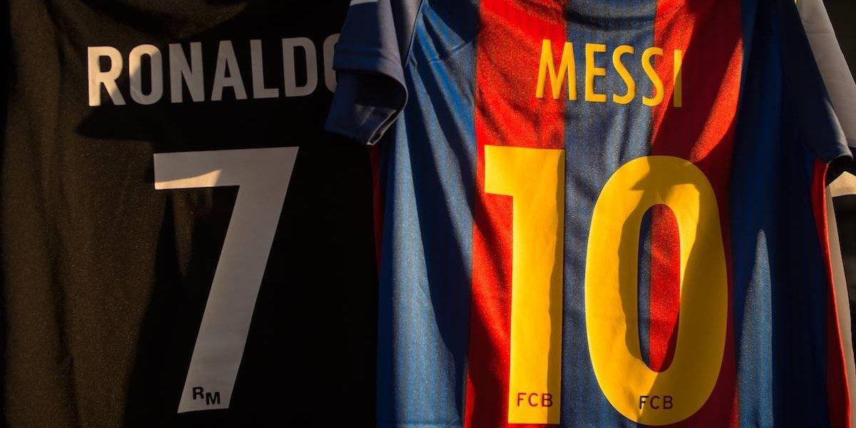¡Genios a la par! Cristiano y Messi llegan con 53 goles al Clásico
