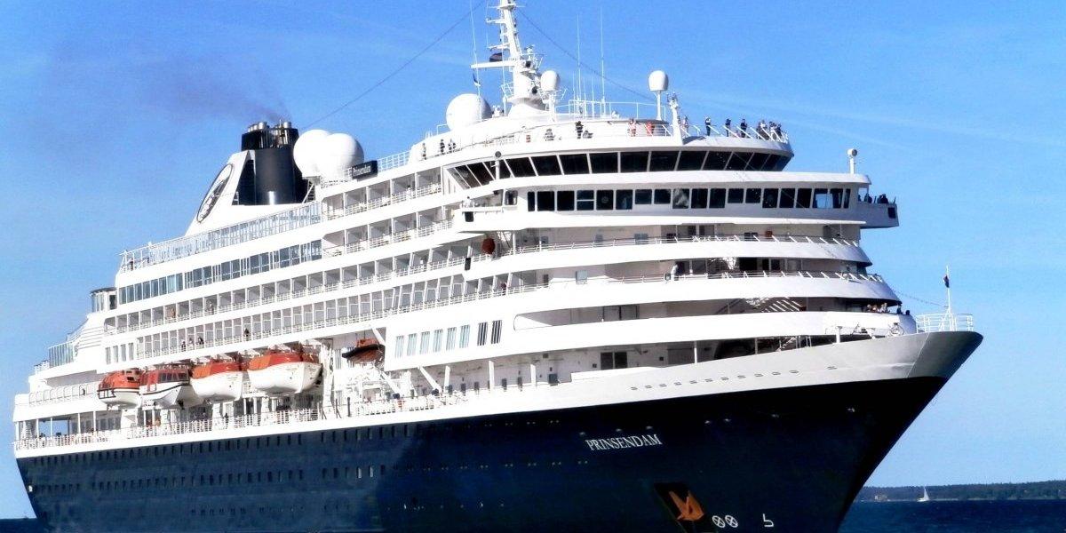 Celebran llegada de crucero a Puerto de Ponce