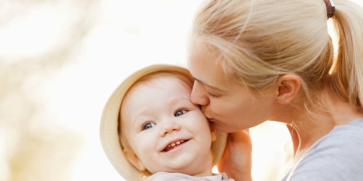 Licencia de maternidad y de paternidad podrían tener la misma duración
