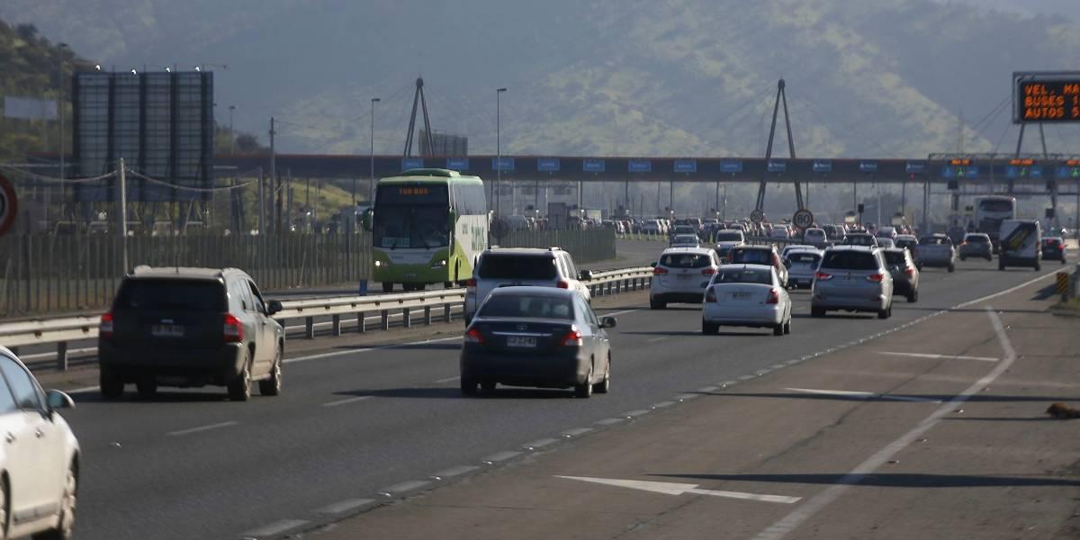 Balance de Carabineros: 8 personas fallecieron en accidentes de tránsito en el inicio del fin de semana largo