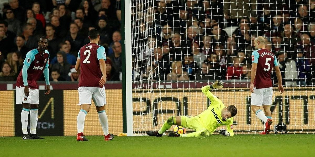 'Chicharito' jugó 10 minutos en la derrota del West Ham United