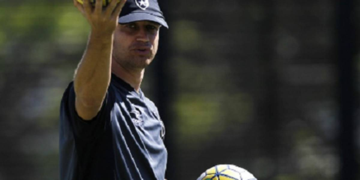 Botafogo confirma Felipe Conceição como técnico após saída de Jair Ventura