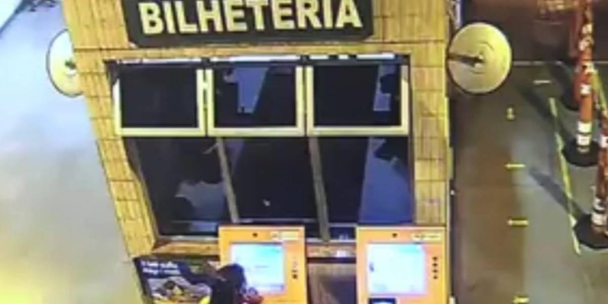 Mulher mata passageira que esbarrou nela dentro de ônibus em Minas Gerais