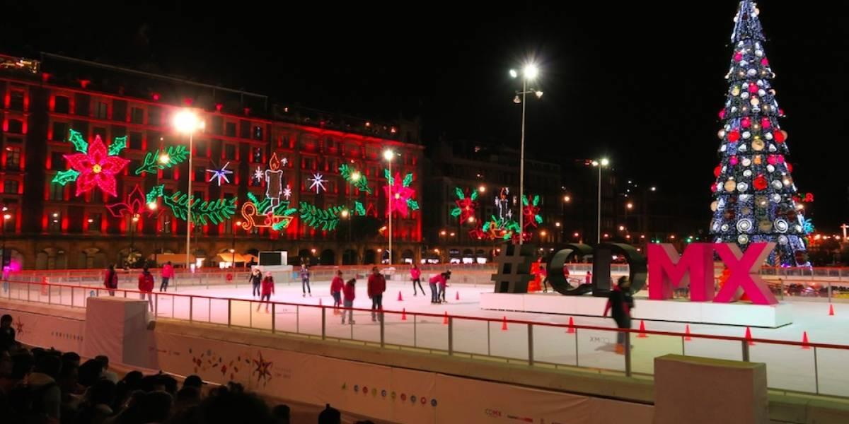 El Zócalo de Ciudad de México es en Navidad una pista de hielo