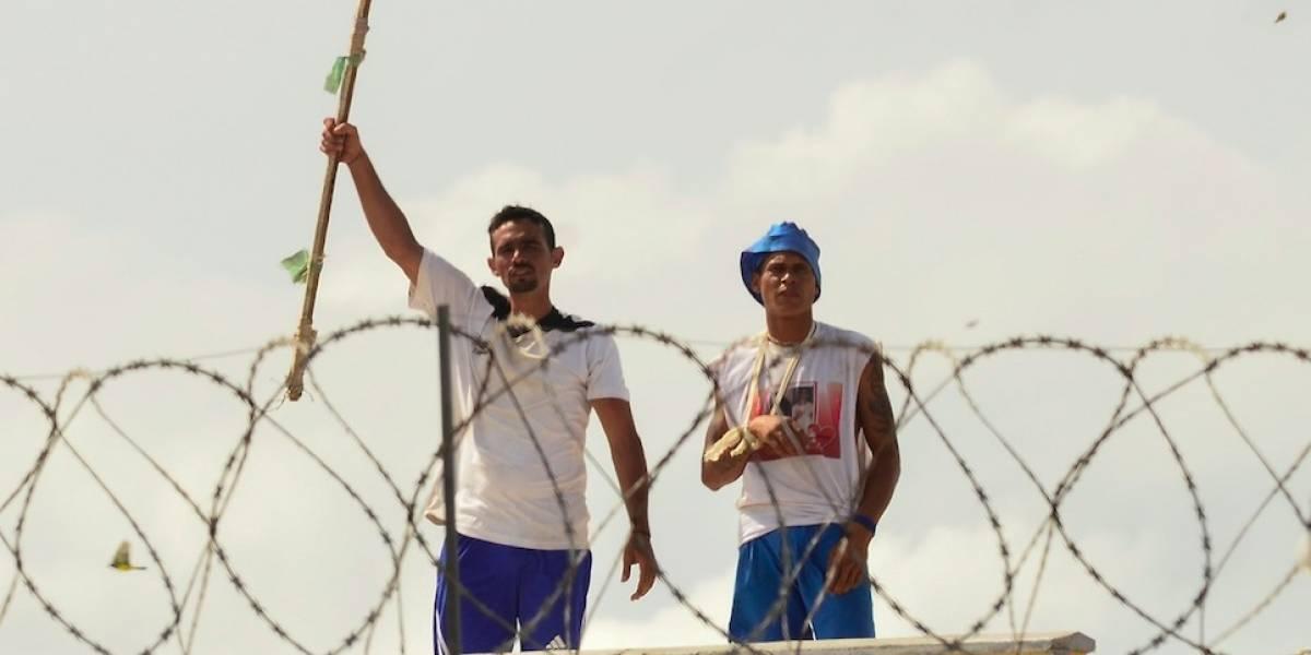Buscan a 15 presos que huyeron de cárcel brasileña