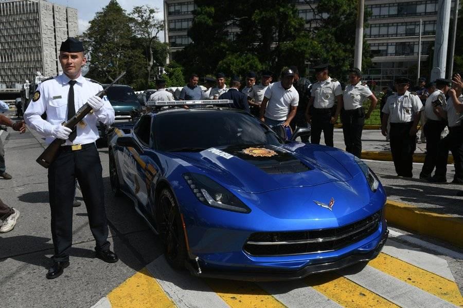 Lujoso Corvette de PNC
