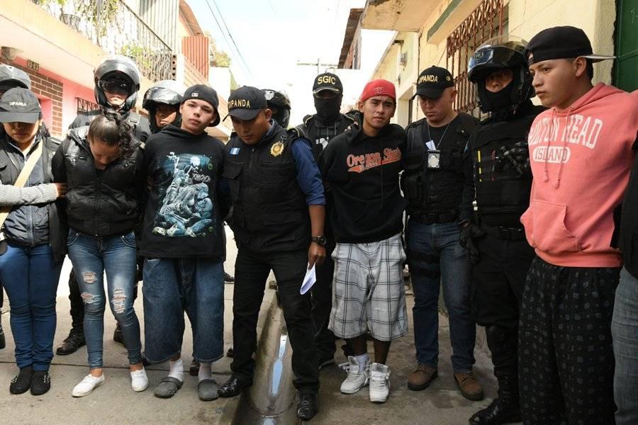 """Familia """"Los Rosales"""" detenidos"""