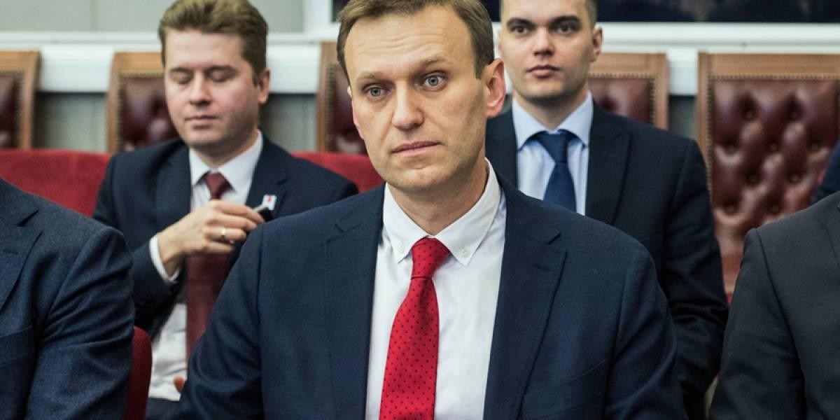 Rusia prohíbe candidatura de líder opositor Alexei Navalny