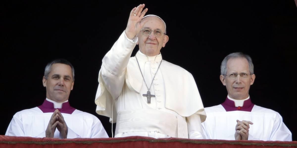 Papa Francisco reza por situación en Venezuela y Jerusalén