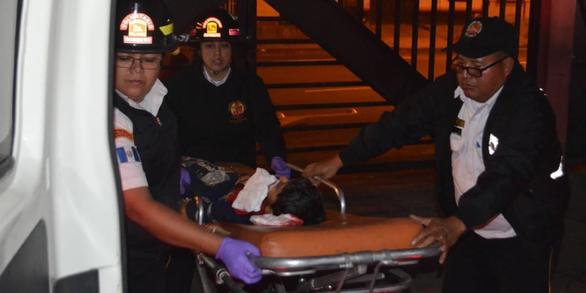 """""""El turno navideño fue muy agitado"""", aseguró el bombero voluntario William González"""