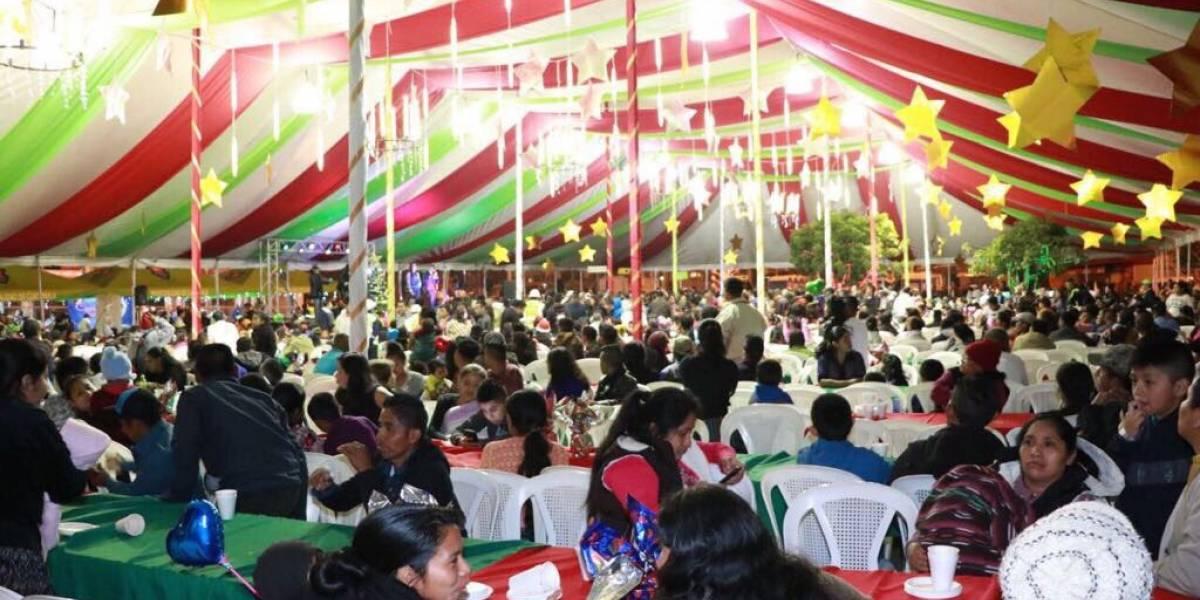 Cena navideña en Municipalidad de Guatemala reúne a cientos de personas