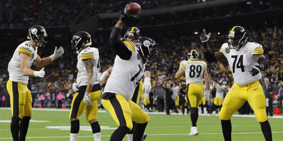 Steelers tuvieron una feliz navidad al aplastar a Texans