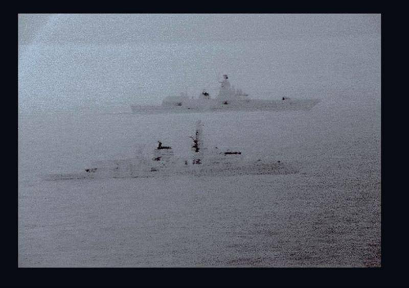 HMS St Albans y Almirante Gorshkov