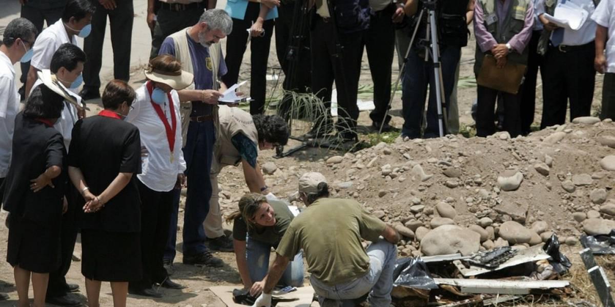 Ubican y exhuman 9.000 cuerpos de víctimas del conflicto armado