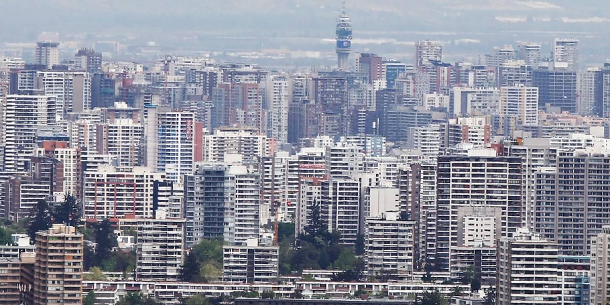 El aumento demográfico e inmobiliario de Santiago Centro que revela el Censo 2017