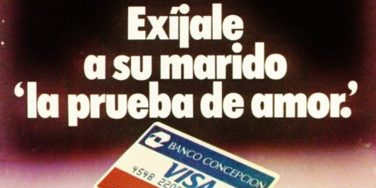 """""""Exíjale a su marido la prueba de amor"""": la """"machista"""" publicidad de una tarjeta de crédito que muestra cómo era Chile hace 30 años"""