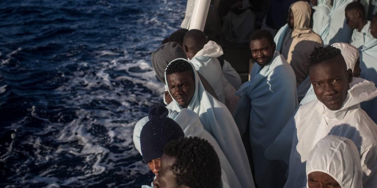 Rescatan a 255 migrantes el día de Navidad en el Mar Mediterráneo