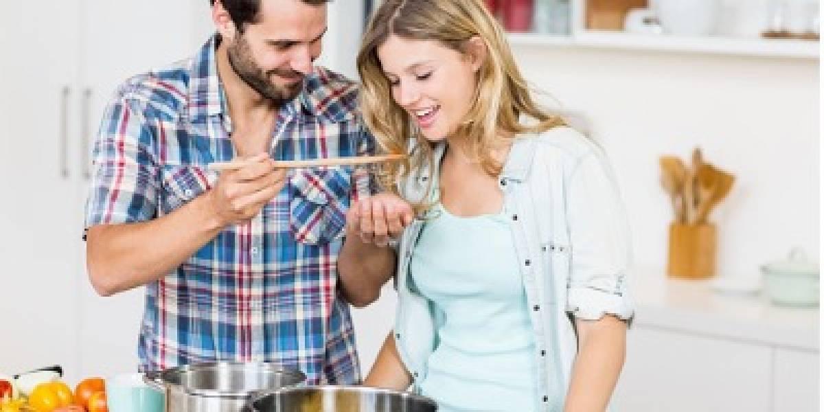 20 cosas que hacen los hombres (sin que se den cuenta) y atraen a las mujeres