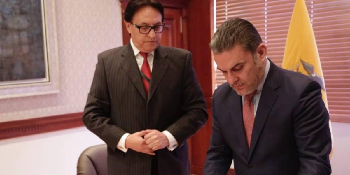 Fernando Villavicencio denuncia corrupción en contratos petroleros