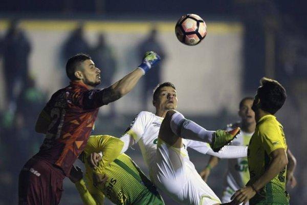 Gabriel Arias jugó la Copa Sudamericana 2017 con Defensa y Justicia. Fue figura en la histórica eliminación de Sao Paulo / Foto: Archivo