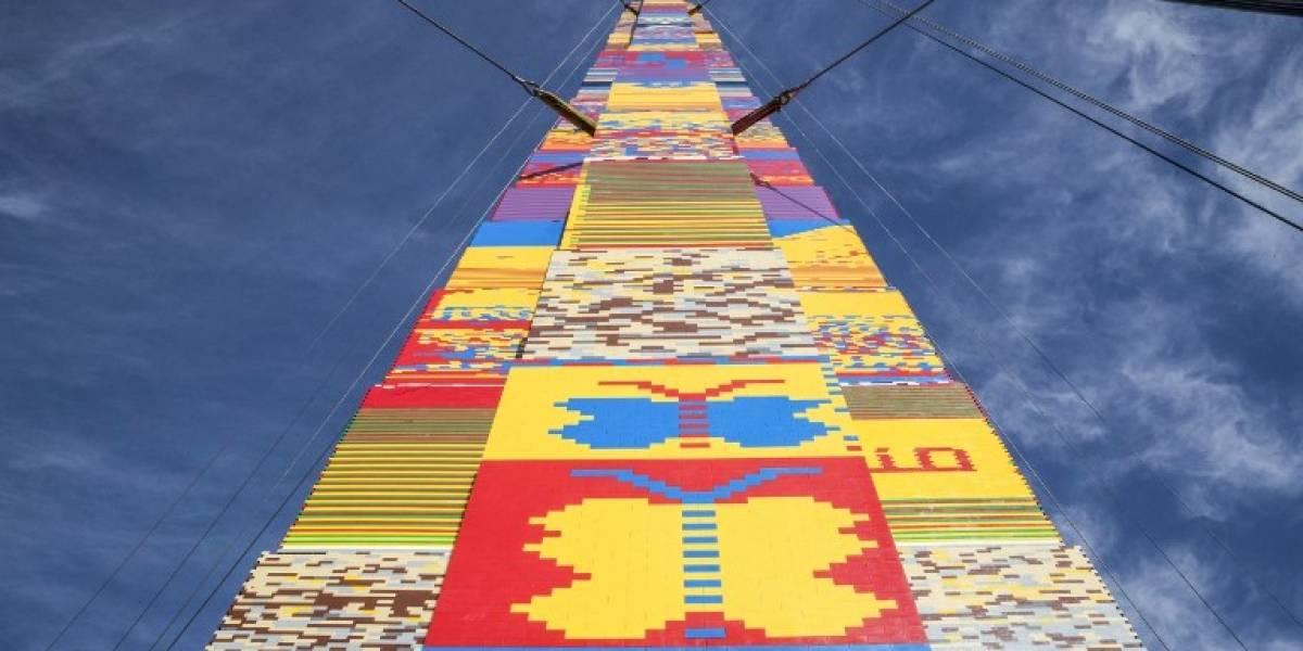 Torre de legos en Israel busca romper récords con 36 metros de altura