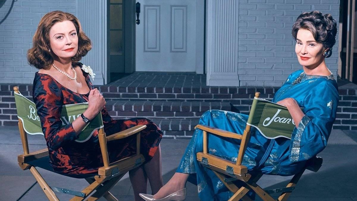 """""""Feud: Bette and Joan"""" (Fox Premium 1). Criada por Ryan Murphy, a série tem como premissa contar histórias sobre pessoas famosas que sempre foram rivais. A primeira temporada mostrou a briga entre as atrizes Joan Crawford (Jessica Lange) e Bette Davis (Susan Sarandon) durante a gravação do filme """"O Que Aconteceu a Baby Jane?"""", na década de 1960 / Divulgação"""