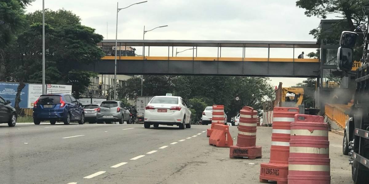 Nova passarela em Congonhas não tem sinalização de altura para evitar acidentes