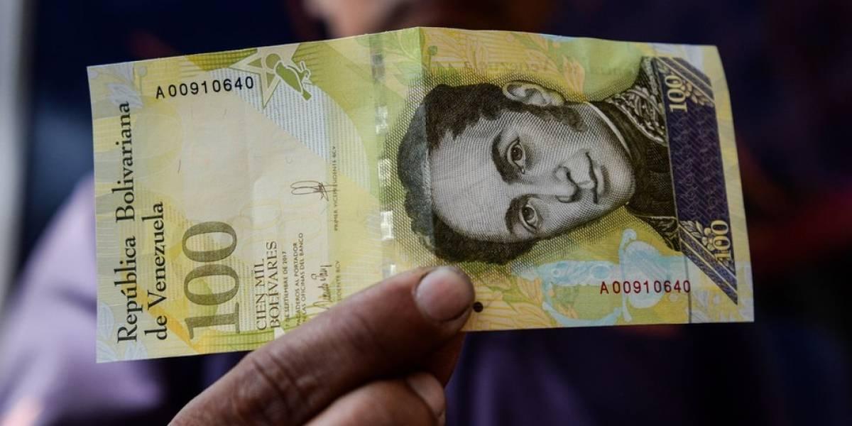 Salario mínimo en Venezuela es una triste suma en pesos colombianos