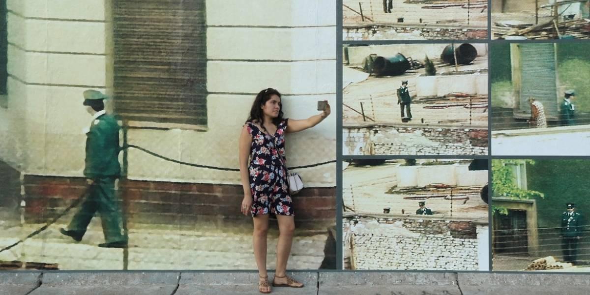 Mujer cayó a un precipicio mientras se tomaba una foto