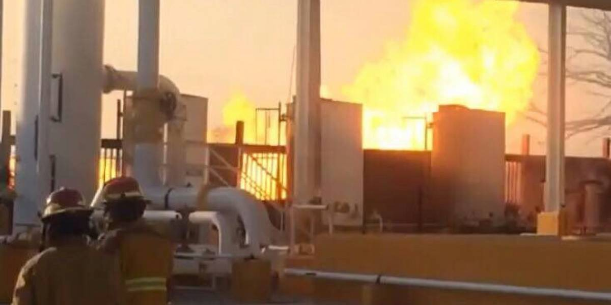 Pemex reporta saldo blanco tras sofocar incendio en estación de Altamira