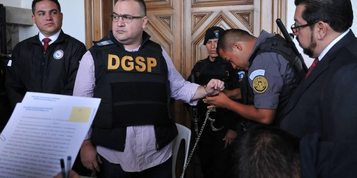 Javier Duarte queda libre por fallas en el debido proceso
