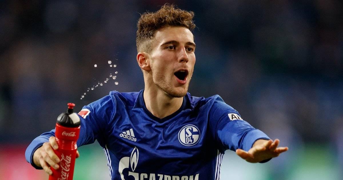 Leon Goretzka (meio campo) - Schalke 04 Lars Baron/Bongarts/Getty Images