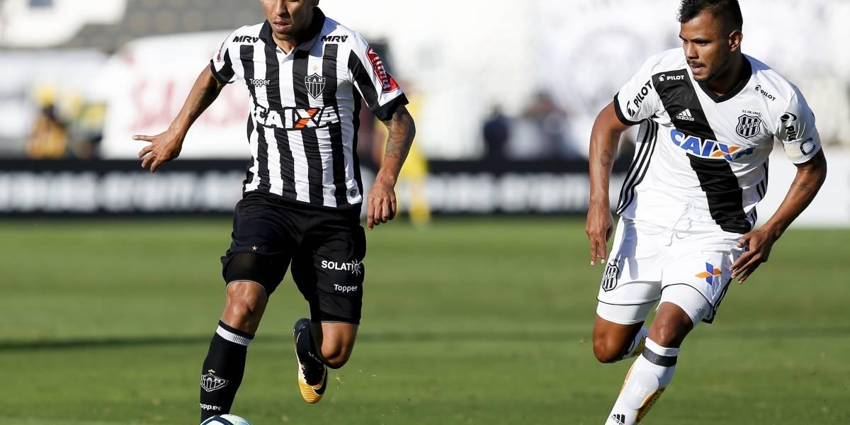 Palmeiras e Atlético-MG confirmam troca de Marcos Rocha por Róger Guedes